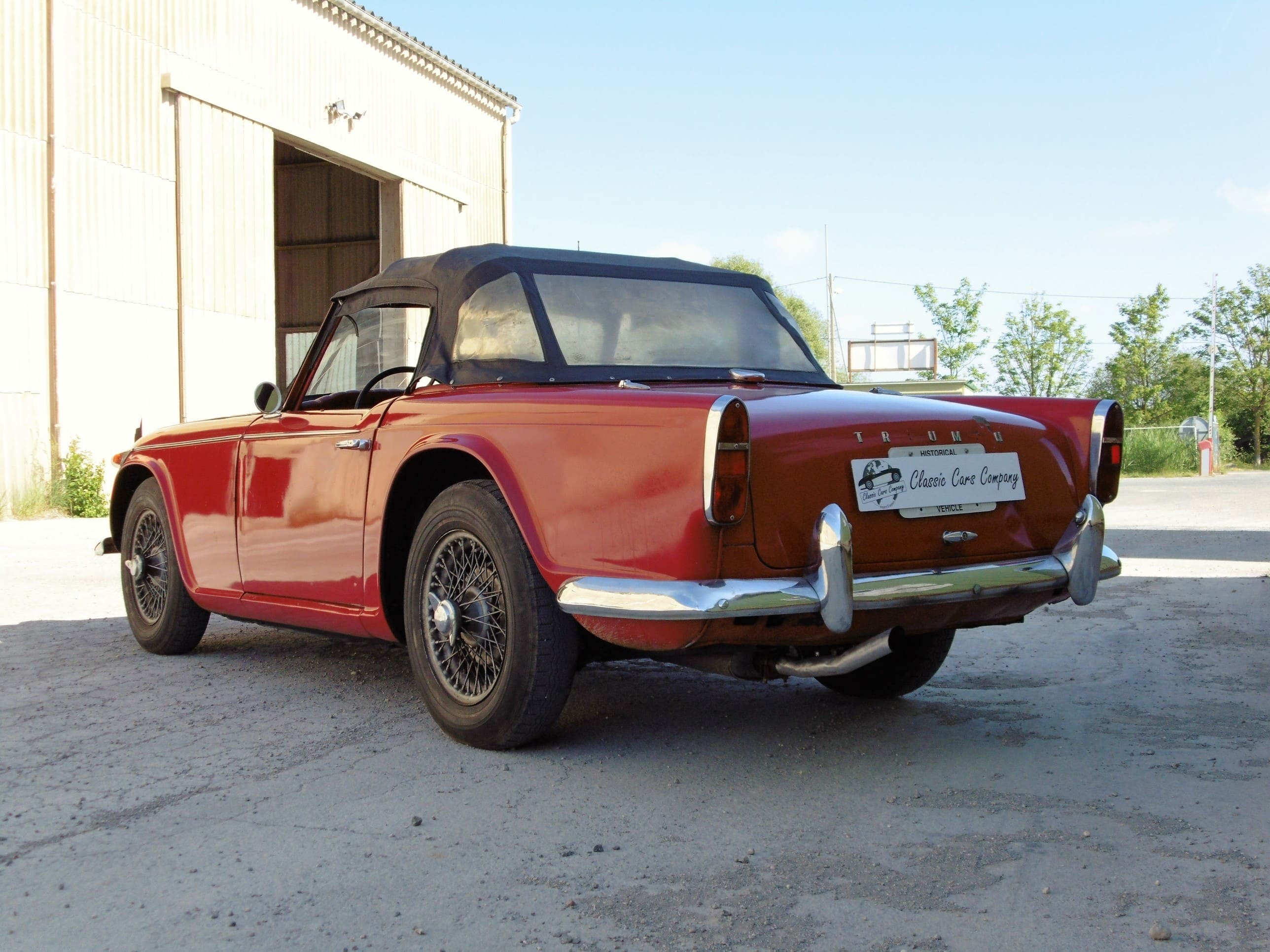 triumph tr4 irs rouge classic cars company. Black Bedroom Furniture Sets. Home Design Ideas