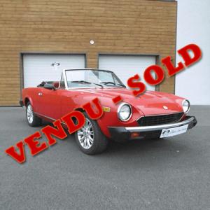 Fiat Spider 124 rouge vendu