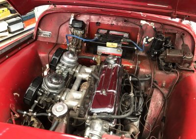Triumph TR3 rouge 04