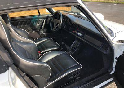 Porsche_911_Turbo_look_1988_00011