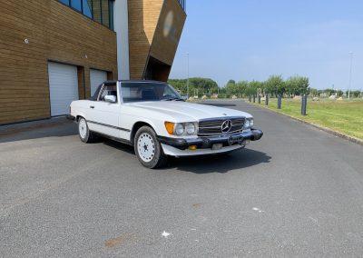Mercedes 560 SL v8 cabriolet 00001