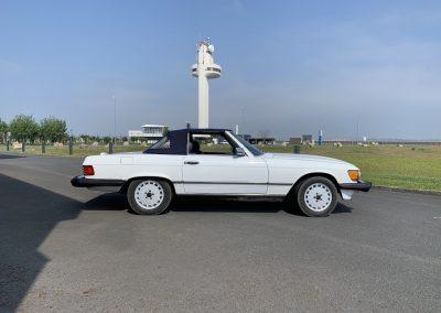 Mercedes 560 SL v8 cabriolet 00008