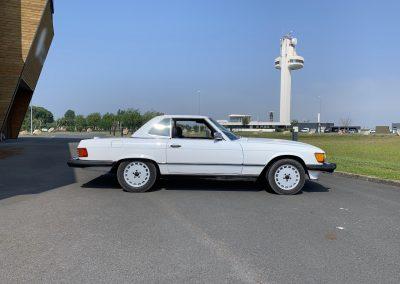 Mercedes 560 SL v8 cabriolet 00019