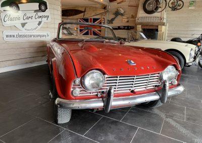 Triumph TR4 rouge 06