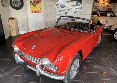 Triumph TR4 rouge 08