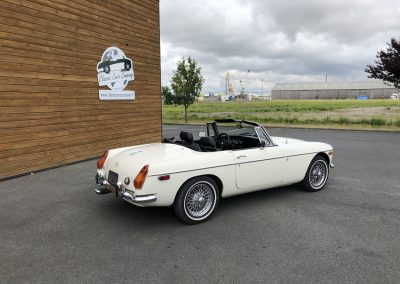 MG MGB cabriolet blanche 00002