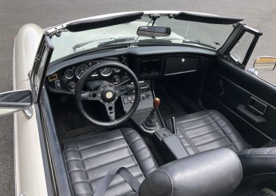 MG MGB cabriolet blanche 00004