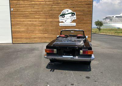 Triumph TR6 noir 00001