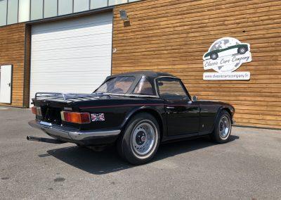 Triumph TR6 noir 00003