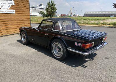 Triumph TR6 noir 00004