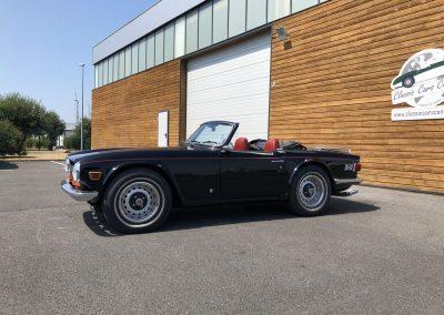Triumph TR6 noir 00008