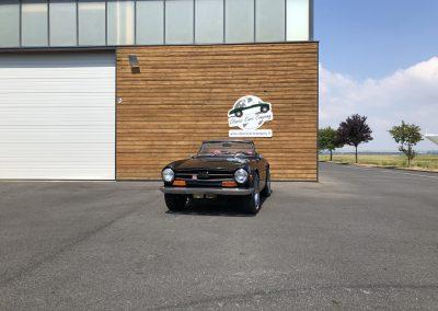 Triumph TR6 noir 00009
