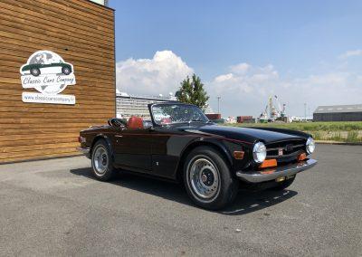 Triumph TR6 noir 00013