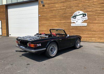 Triumph TR6 noir 00018