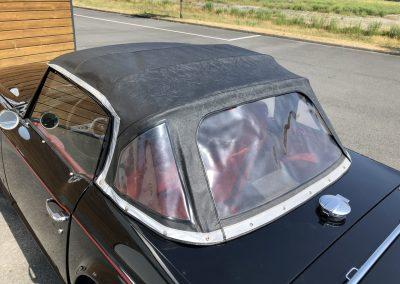Triumph TR6 noir 00020